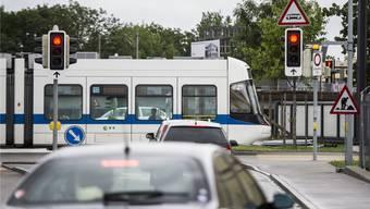 Die Glattalbahn ist mit 94 Prozent überdurchschnittlich pünktlich unterwegs. (Archiv)