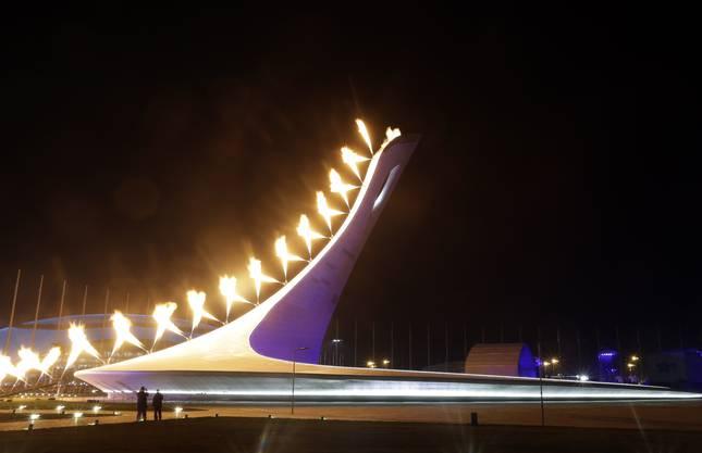 Die olympische Flamme wird entzündet