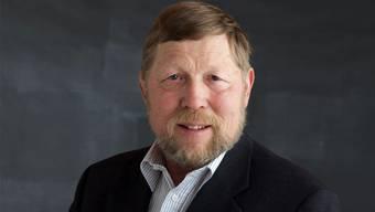 Hanspeter Haug, Gemeindepräsident von Weiningen: «Ich glaube nicht, dass eine Schliessung der Telefonkabine bei der Post Weiningen grosse Wellen werfen würde.»