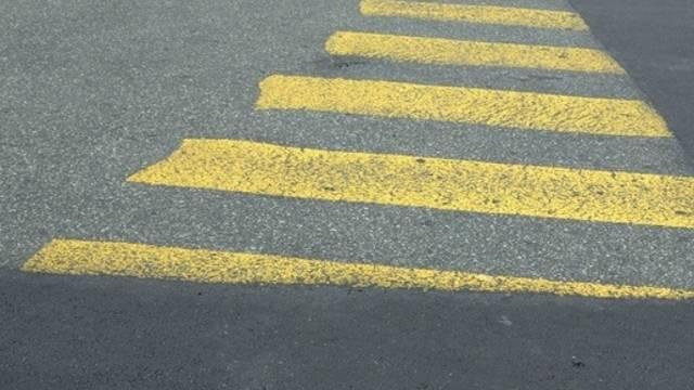 Am frühen Montagabend kam es auf einem Basler Fussgängerstreifen zu einem tödlichen Unfall. (Symbolbild)