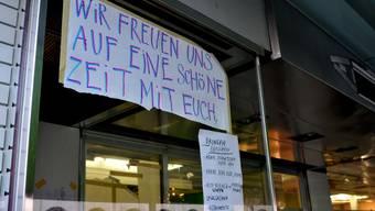 Geschäftshaus beim Stauffacher in Zürich besetzt