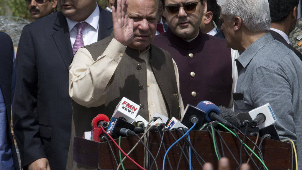 Pakistans Ex-Regierungschef Nawaz Sharif droht eine Verhaftung wegen Korruptionsverdacht (Archiv)