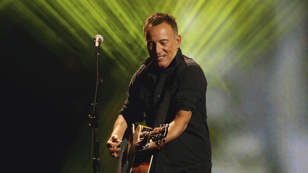 ARCHIV - Bruce Springsteen ist einer der Stars, die beim Großkonzert «We Love New York: The Homecoming Concert» im Central Park auftreten werden. Foto: Nathan Denette/The Canadian Press/AP/dpa