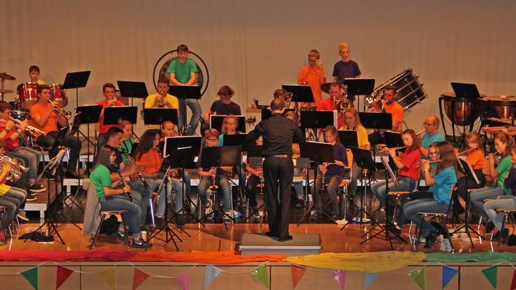 Die Young Concert-Band Oensingen-Kestenholz zeigte im Bienkensaal, was sie Lager in Bellwald gelernt hatte.