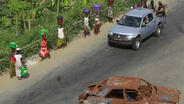 Angesichts der angespannten Lage in der Elfenbeinküste hat der Bundesrat den Einsatz eines Schweizer Offiziers bewilligt