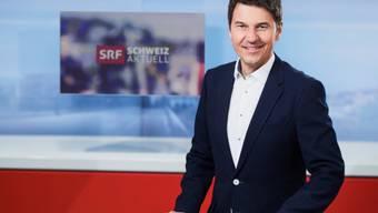 """Bald ein Bild der Vergangenheit: Otmar Seiler verlässt """"Schweiz aktuell"""" und wechselt in eine Immobilien-Treuhandfirma. Ein bisschen Heimweh nach dem Bündnerland spielte bei diesem Entscheid auch eine Rolle. (SRF)"""