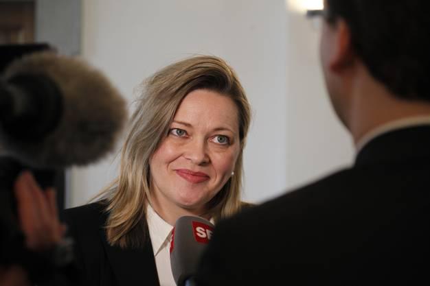 Z'graggen ist Primarlehrerin und und promovierte Politikwissenschafterin.