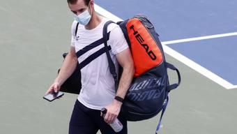 Andy Murray verlässt nach dem Sieg das Feld