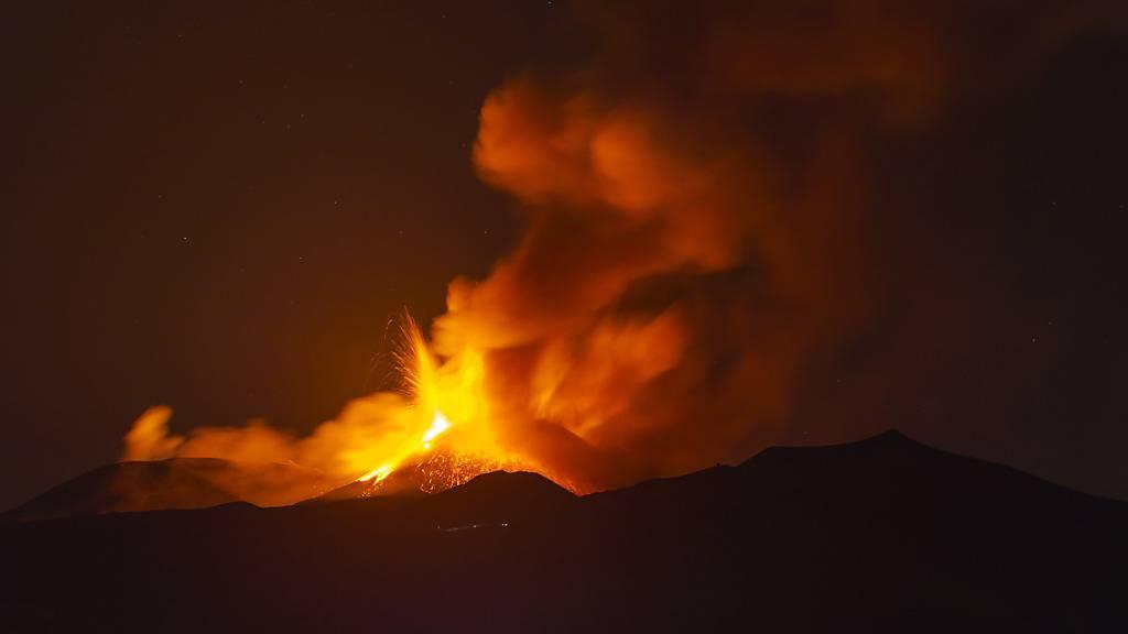 Lava-Fontänen: Ätna und Stromboli wieder ausgebrochen