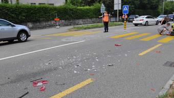 Bei der Auffahrtkollision wurden vier Personen verletzt.