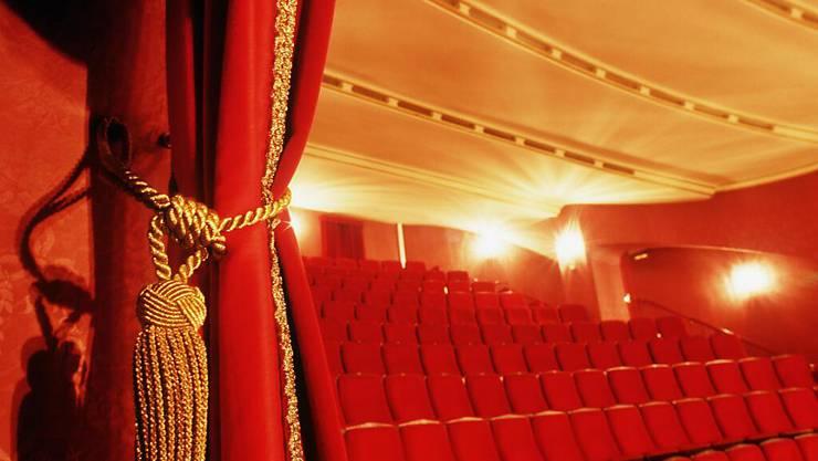 Mit dem neuen Fördersystem für Tanz und Theater werden kleinere Institutionen stärker gefördert. Traditionelle Häuser wie das Schauspielhaus müssen dafür auf einen Teil ihrer Subventionen verzichten. (Symbolbild)