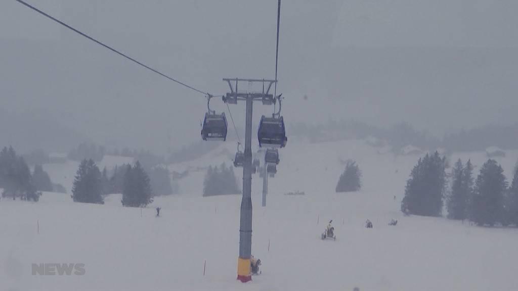 Aktuelle Situation in den Skigebieten und Spitälern während Festtagen