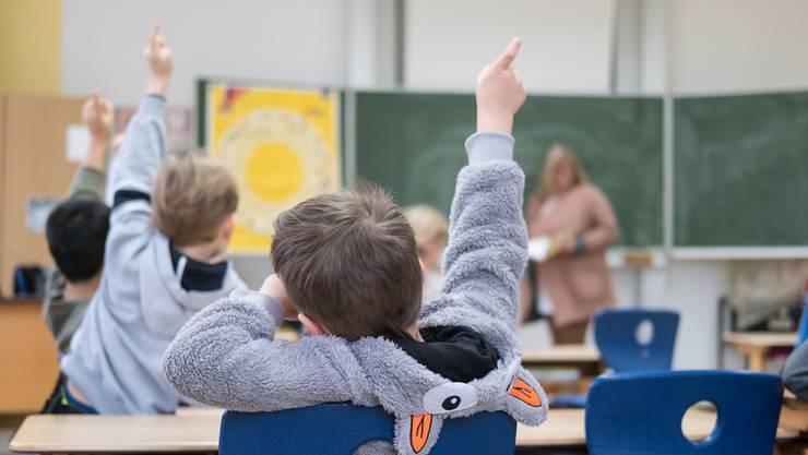 Schüler in der Primarschule. Symbolbild.