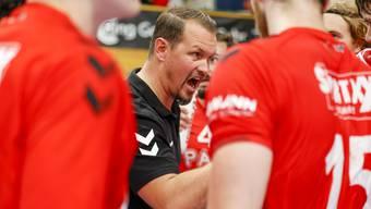 HSC-Trainer Misha Kaufmann und seine Mannschaft holen beim 23:23 in Winterthur einen Punkt.