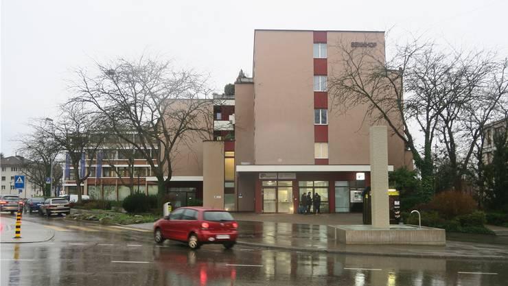 Die Öffentlichkeit wird zu den Vorgängen bei der Stadtpolizei Schlieren/Urdorf mehrheitlich im Dunkeln gelassen.