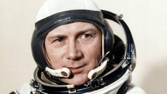 Sigmund Jähn kurz vor seinem Aufbruch ins All. Er posierte am 26. August 1978 im Komsodrom in Baikonur im heutigen Kasachstan.