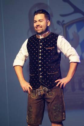 Der Urdorfer Dominik Altorfer als «Trachtbuab» mit Lederhosen und Gilet