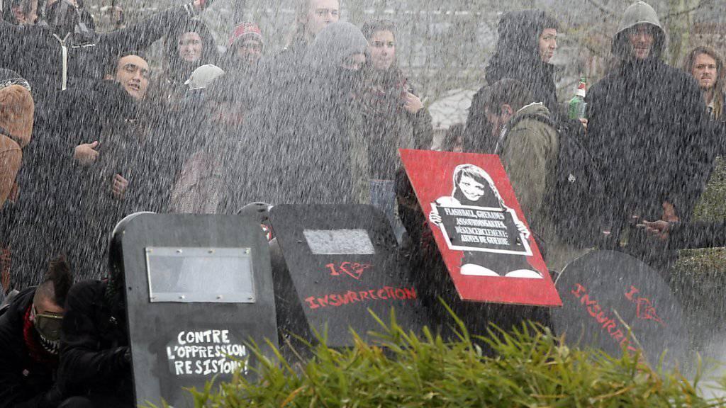 Aller Protest hat nichts genützt: Die französische Region Nantes stimmt für den Bau eines neuen Flughafens. (Archivbild)