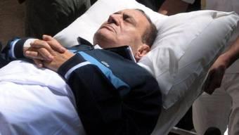 Kann sich noch nicht ausruhen: Husni Mubarak droht erneuter Prozess (Archiv)
