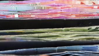 Die Topkader bundesnaher Betriebe haben dicke Portemonnaies. (Symbolbild)