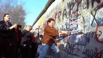 Der Mauerfall von 1989 kostet die Deutschen bisher zwei Billionen