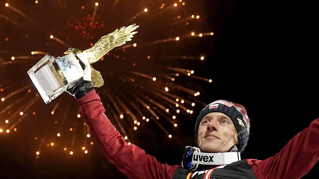 Sofern Dawid Kubacki seine Form vom Neujahrsspringen konserviert, wird er in Bischofshofen erneut den goldenen Adler für den Tourneesieg in die Höhe stemmen.