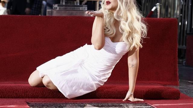 Kusshand für die Fotografen: Christina Aguilera
