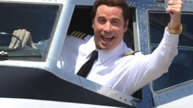 Ausgezeichnet: Schauspieler John Travolta erhält in Berlin die Goldene Kamera