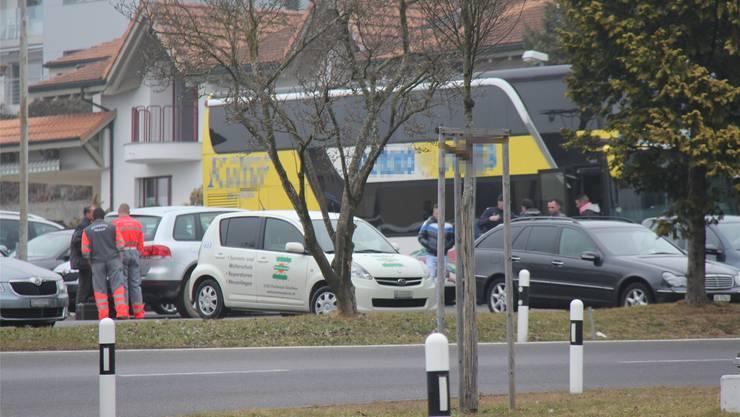 Der Reisebus-Chauffeur verstarb noch auf der Unfallstelle.