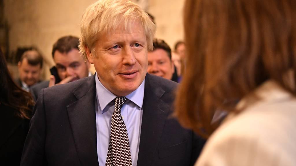 Johnson will Brexit-Übergangsphase per Gesetz beschränken