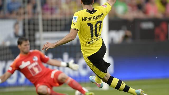 Henrik Mchitarjan  bezwingt Luzern-Torhüter David Zibung zum 1:3.