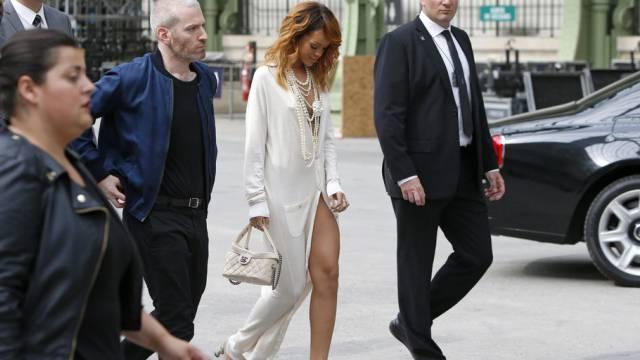 Weiss sich in Szene zu setzen: Rihanna in Paris (Archiv)