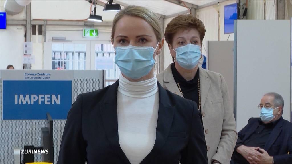 Zehn Prozent der Bevölkerung geimpft: Impfpläne des Bundes in Zürich unrealistisch