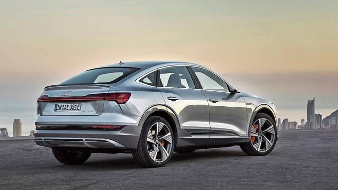 Der Audi e-tron will mit flacher gestalteter Heckpartie das sportliche Coupé anlehnen. Bild: zvg