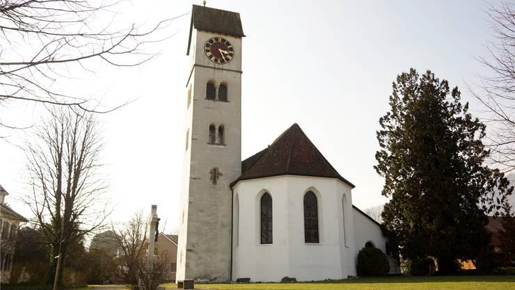 Ein altes Ensemble: Turm und Kirche von Selzach.