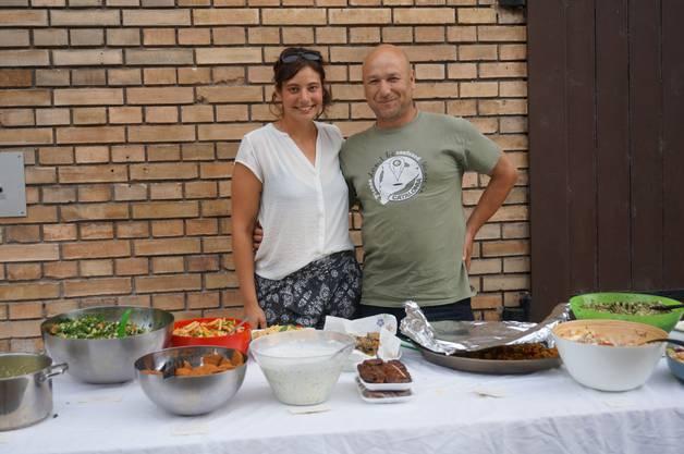 Adina Graber von JASS und Wilmer Dominguez Remar