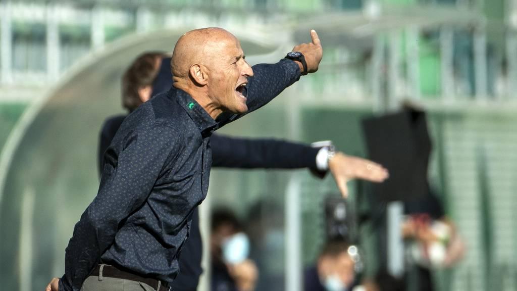 St.Gallens Cheftrainer Peter Zeidler im Spiel FCSG gegen Servette am Sonntag, 4. Oktober 2020, im Kybunpark.