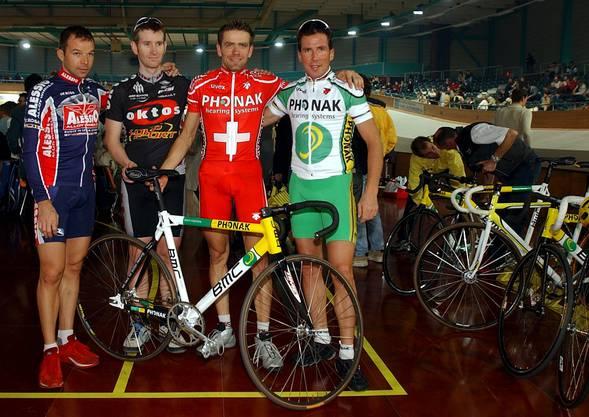 Jean Nuttli (hier im Trikot von Oktos) gehörte Anfang der 2000er-Jahre zur Schweizer Radsportprominenz um Laurent Dufaux, Alexandre Moos und den Weltmeister Oscar Camenzind (von links nach rechts).