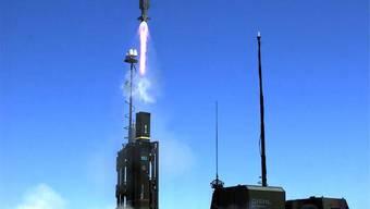 Die Raketen des Typs IRIS-T wollte die Schweiz kaufen, dann sistierte Guy Parmelin den Auftrag. Das wollte der Rüstungskonzern Thales nicht einfach so hinnehmen.HO