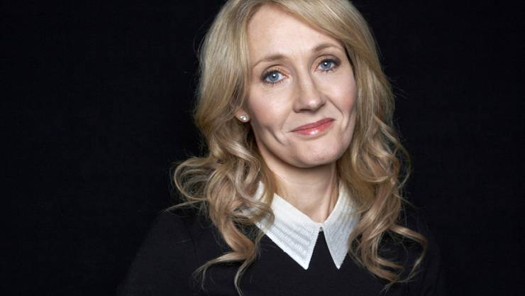 Noch mehr Lesefutter für J. K. Rowling-Fans: Im November erscheint die Übersetzung einer Rede, die die Harry-Potter-Erfinderin vor Absolventen der Harvard-Universität in den USA hielt. (Archivbild)
