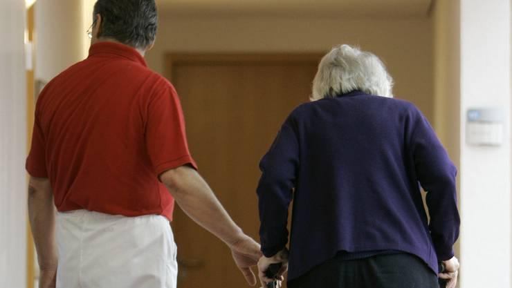Pflegeleistungen werden im Mühleacker bald separat abgerechnet. (Symbolbild)