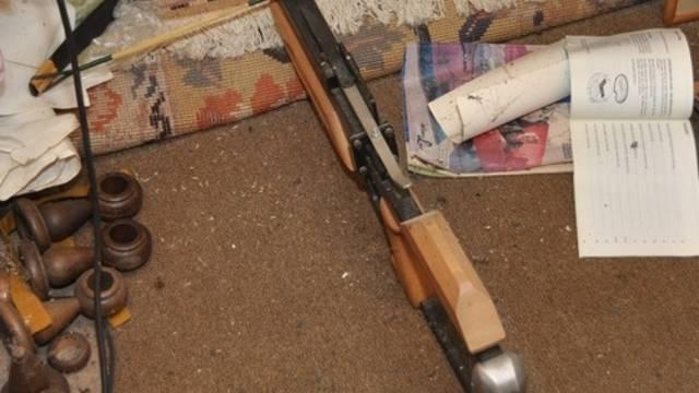 Der Bieler Rentner hatte viele Waffen im Haus.