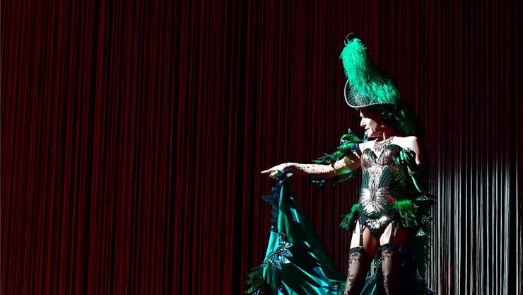 Stefan Kurt begeistert derzeit als Grande Dame der Travestie im Musical «Ein Käfig voller Narren» das Publikum am Theater Basel.