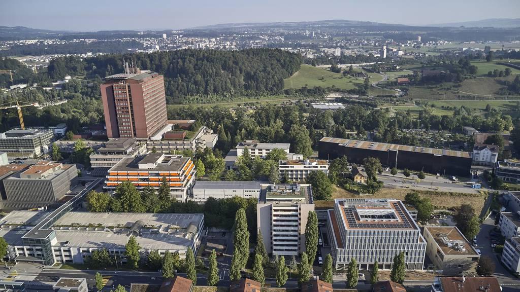 Luzerner Kantonsspital schreibt hohen Verlust und setzt auf Politik