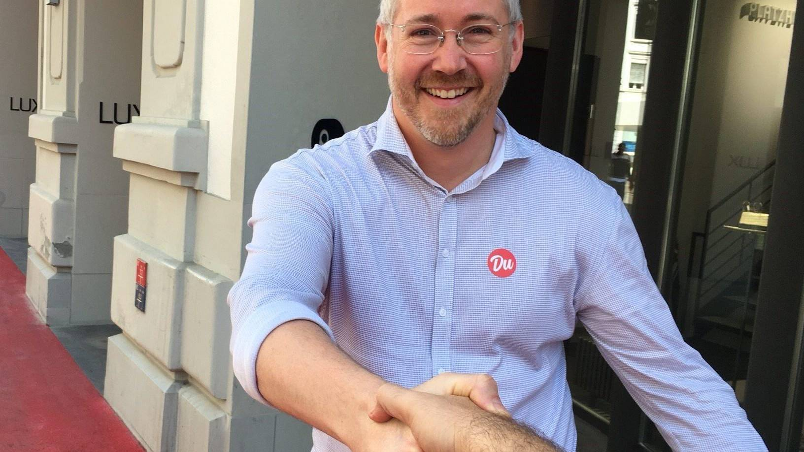 Patrick Zollinger will in Ebnat-Kappel alle mit «Du» ansprechen.