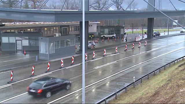 Rheinfelder Grenzübergang wegen Sprengstoffgefahr geschlossen