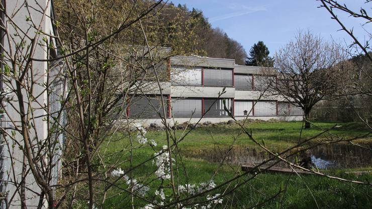 Auf das Dach des Schulhauses Färberacker I kommt eine Photovoltaikanlage.