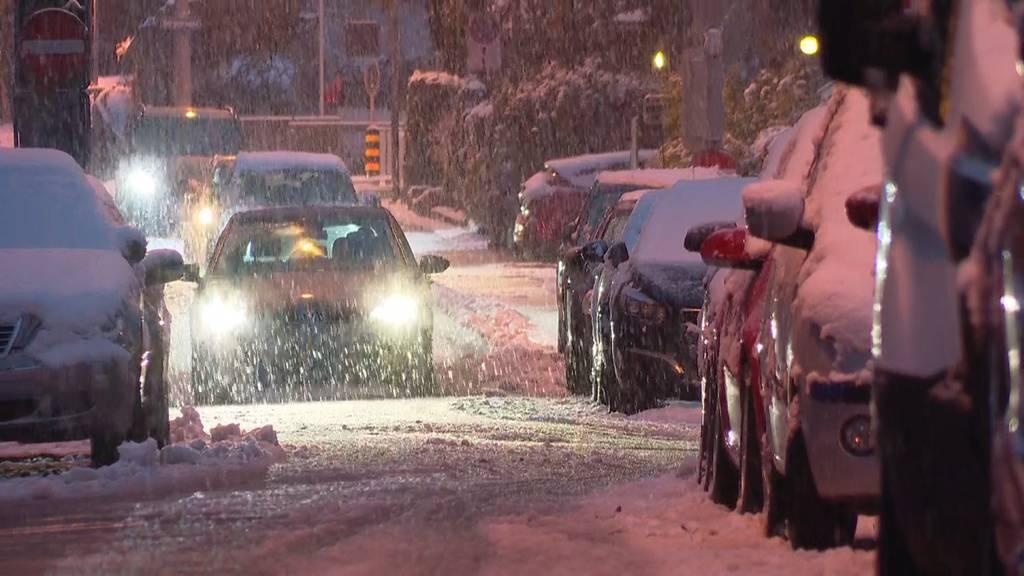 Wegen Schneefall: 40 Unfälle im Kanton Zürich