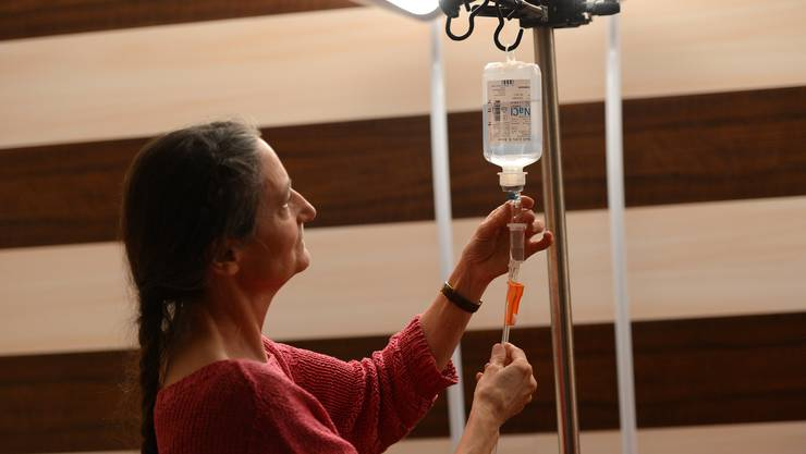 Die Aufhebung des Sterbehilfe-Verbots in Deutschland ist gut für den Ruf der Schweiz.