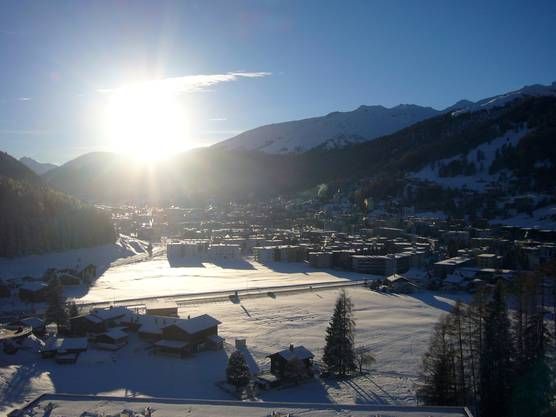 Die Aussicht vom Luxushotel Intercontinental auf Davos
